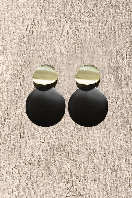 Black Gold Round Earrings