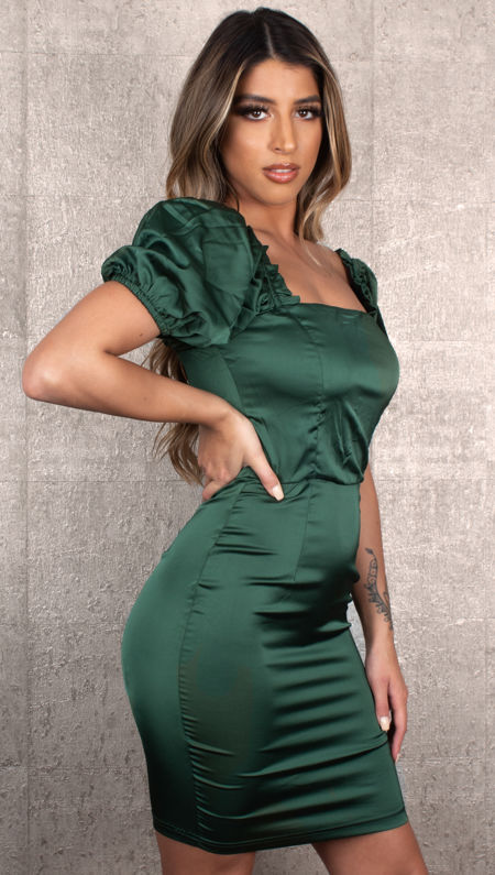 Puffed Bottle Green Dress